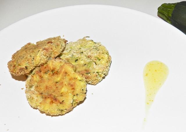 polpette vegetariane con zucchine - cucinare con i bambini