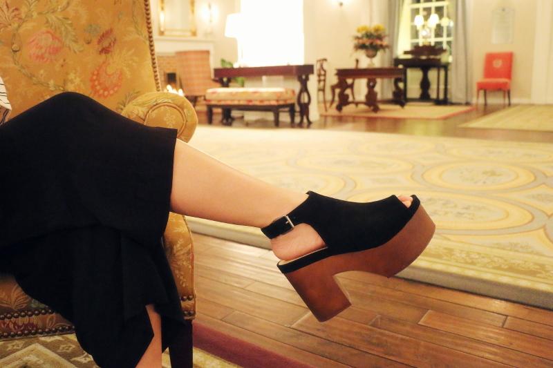 forever 21 platform wedge suede sandals, black culotte pants