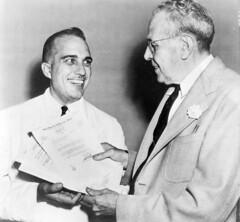 Union rushes to turn in anti-communist affidavit: 1947