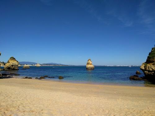 The beach near Restaurante O António