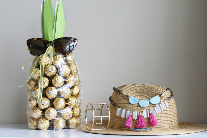 chocolate-pineapple-lydell-necklace-bangle-straw-hat-2