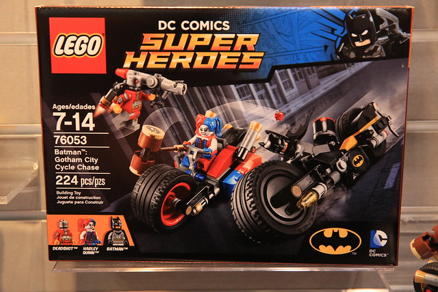 LEGO DC Comics 2016 76053 Gotham City Cycle Chase 1