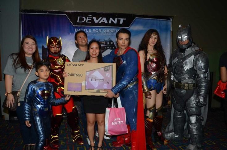Grand Prize Winner Ms. Joan Velasco of Robinsons Appliance of a 24inch Devant LED TV
