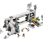 LEGO Star Wars 75098 Ultimate Collector's Series Assault on Hoth 04