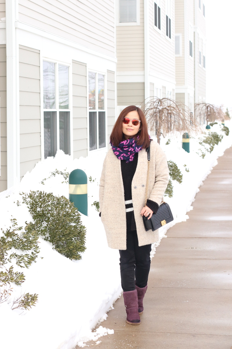 Purple lips scarf, ugg boots, valentines outfit
