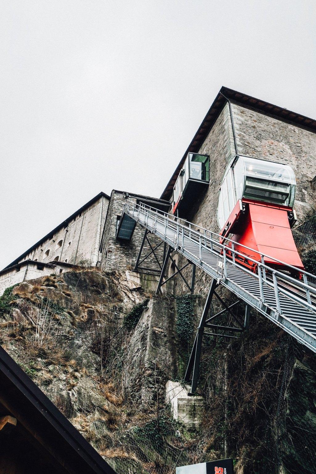 Forte di Bard (ascensori)