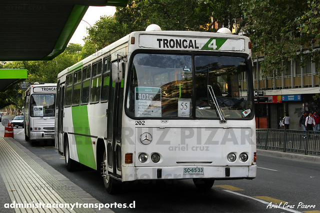 Transantiago (401c) - Express - Cuatro Ases Metropolis / Mercedes Benz (SC6533)