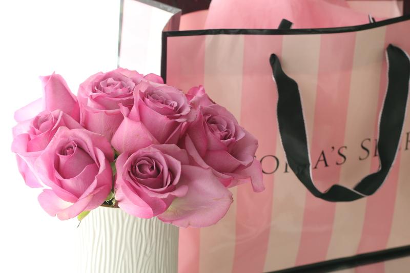 pink roses, victorias secret, gift