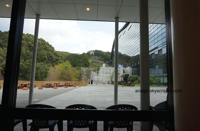 建物の外のレストラン