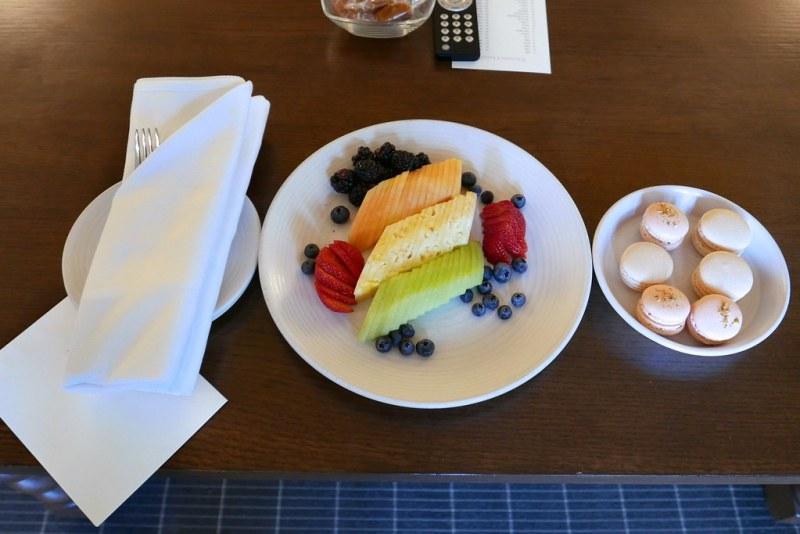 Welcome fruit and macarons