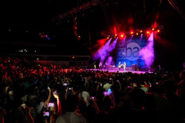 Boyce Avenue Live in Manila 2016