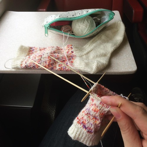 Working on the second sock while in the train on my way to my best friend. We're going to a knitting fair isle workshop tomorrow and I'll also get to pick up my yarn kit for the Scheepjes 2016 CAL. Excitement all around. ? #craft #knitting #yarnlove