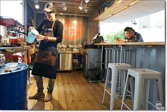 24670095692 6f9426e57a z - 『熱血採訪』 草悟廣場-這是一個城市中的秘密樂園,屬於台中的草悟道微旅行。四國讚岐烏龍麵/Pizza Factory披薩工廠/吉時好茶/Vespresso Bar/慢聚落文創商場