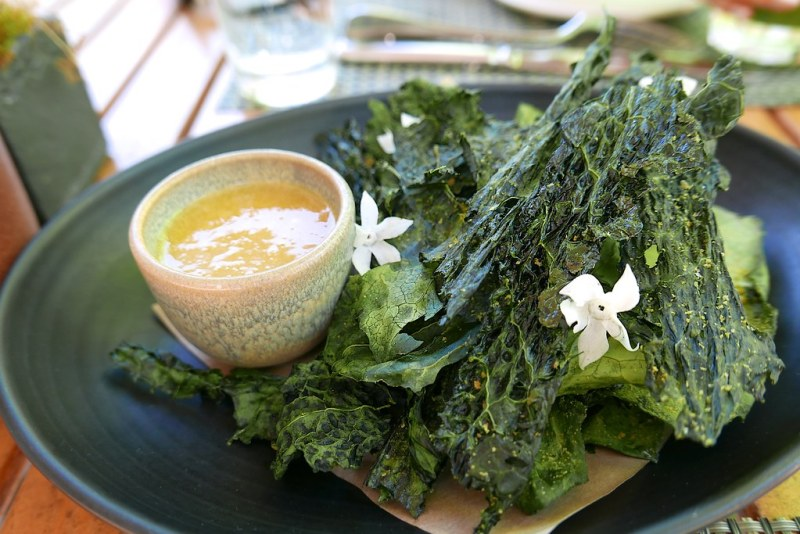 Kale chips, spiced honey mustard