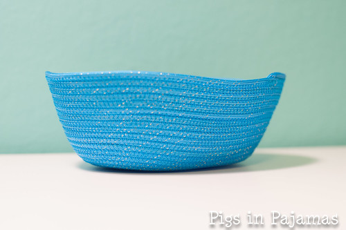 Sparkly rope bowl