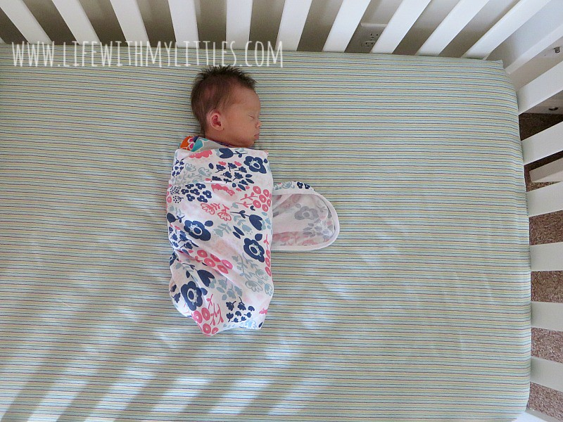 Five tips to help your baby nap. These are so helpful! If you are looking for tips that will help your baby sleep better during nap time, this is for you!