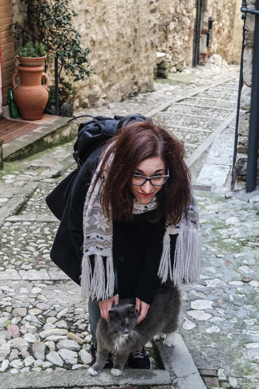 Vicolo di Narni & gatto & Chiara
