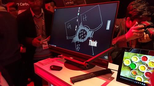 กล้องของ Lenovo ThinkVision X1 สามารถใช้เป็นสแกนเนอร์ได้ด้วย