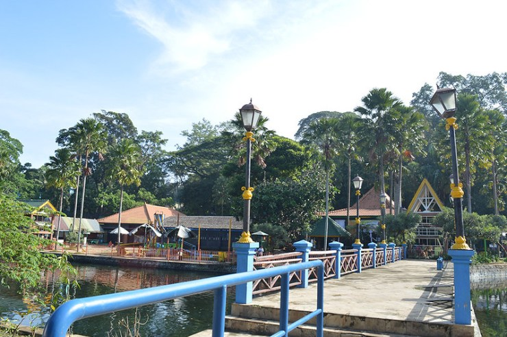 wana-wisata-wendit-jembatan
