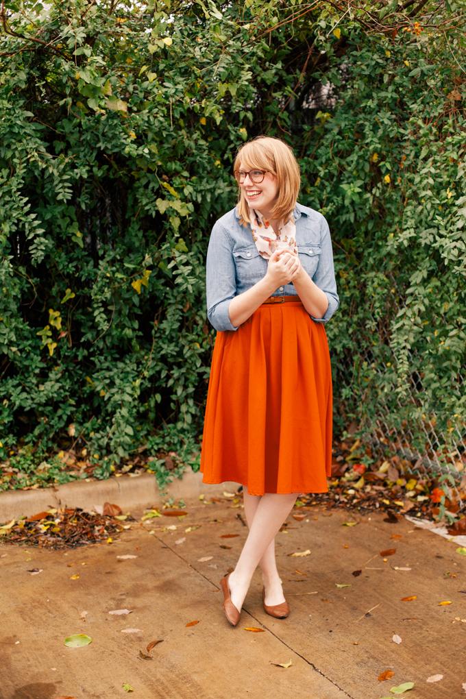 chambray shirt orange skirt8