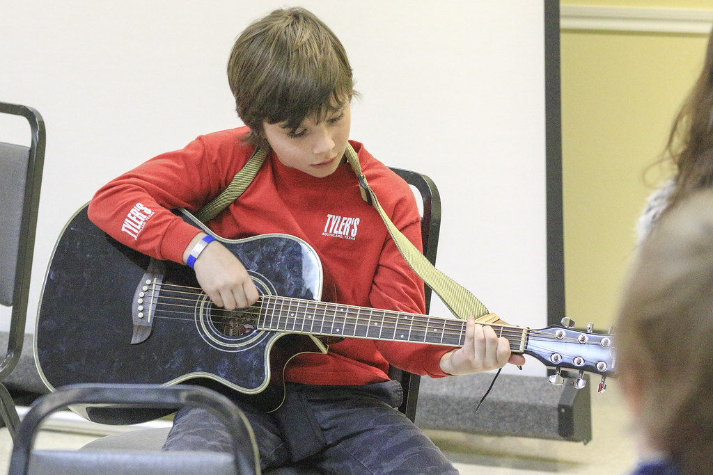 IMG_6677-stmartin-talent-show-guitar