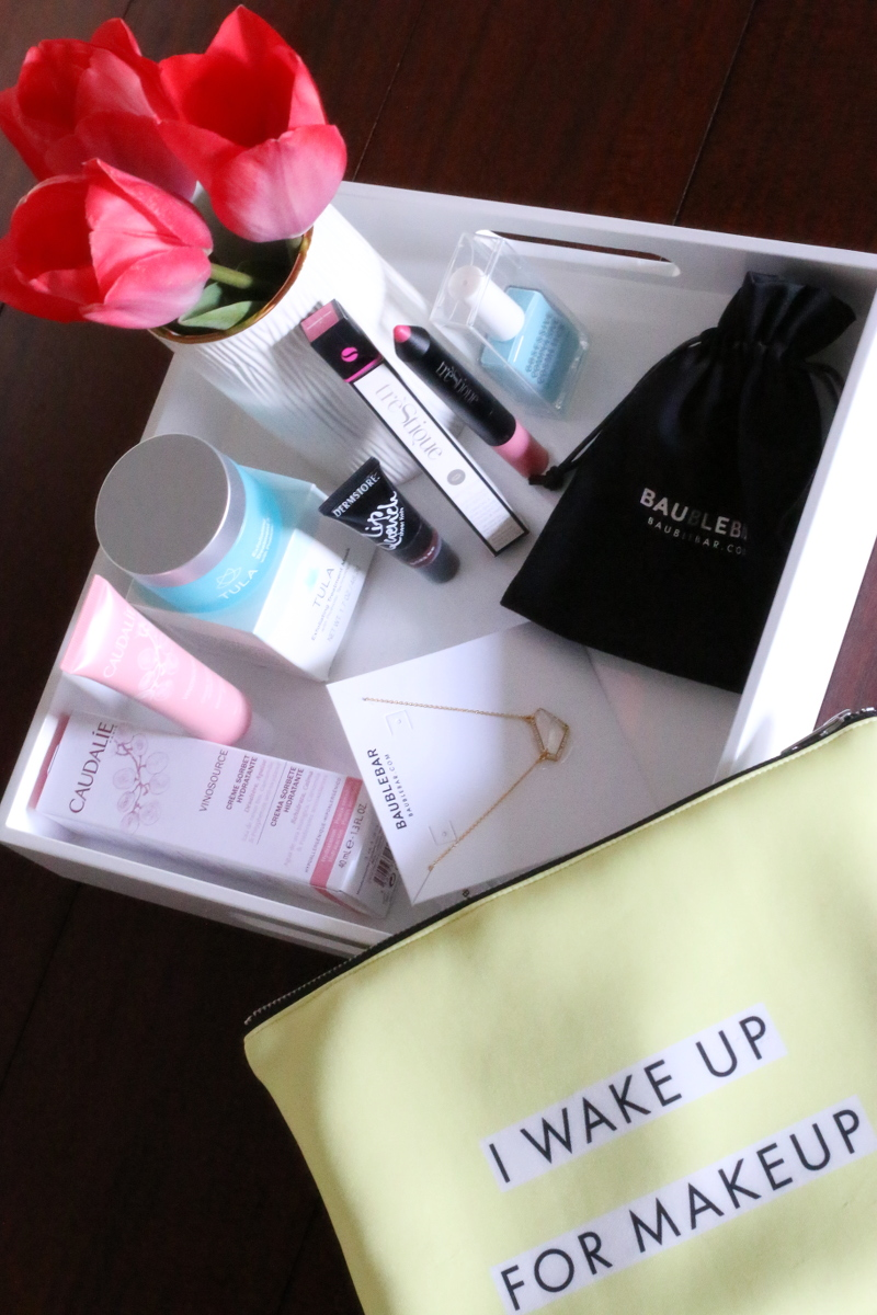 March MIMI Beauty Bag, wakeup for makeup