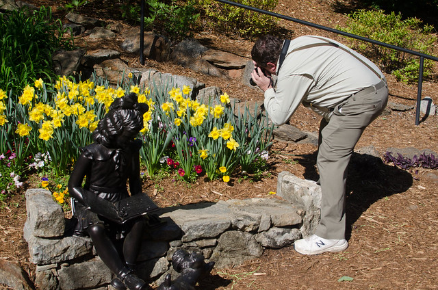 Ken photographing Daffodils