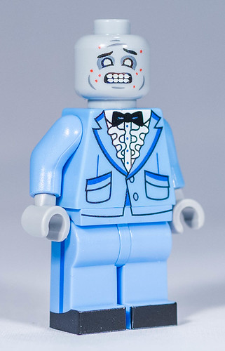 REVIEW Custom Zombie Prom par Citizen Brick