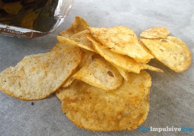 Lay's Korean Barbecue Potato Chips 2