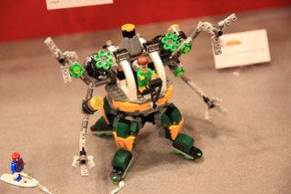 LEGO Marvel 76058 Doc Ock's Tentacle Trap 3