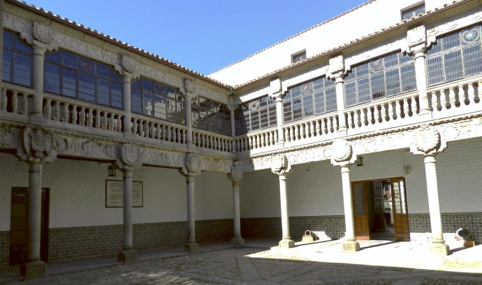 Palacio Polentinos Avila 05