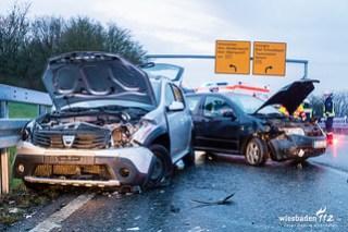 Verkehrsunfall Autobahnauffahrt Idstein 05.04.16