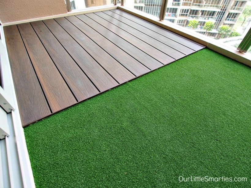 balcony with putting grass