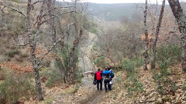 Moto trail con barro en Guadalajara