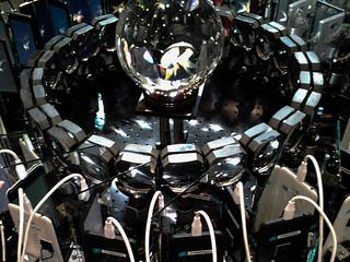 ニコニコ超会議2016 360°球体ディスプレイ@NTTブース