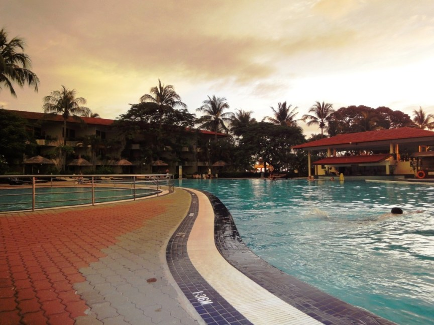 swimming-at-Langkawi2