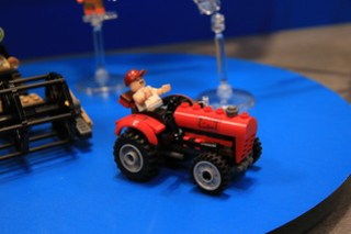 LEGO DC Comics 76054 Batman Scarecrow Harvest Of Fear 04