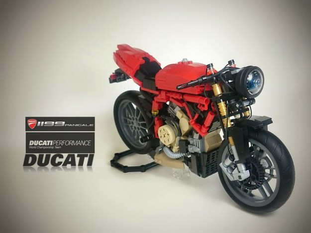 Ducati 1199 Panigale (Without the cover)