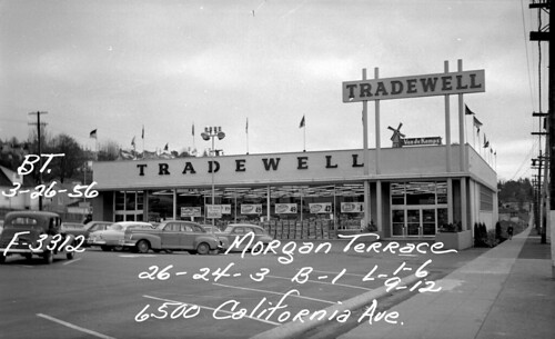 West Seattle Tradewell, 1956