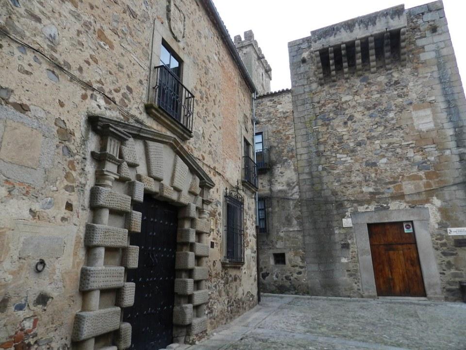 Palacio de los Condes de Adanero Torre Palacio Golfines de Arriba Caceres