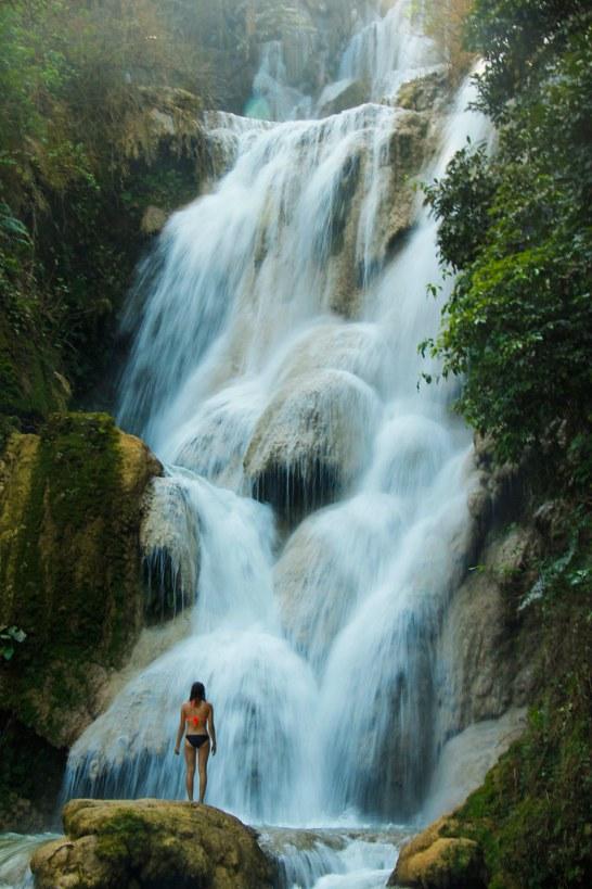 Hemmelig pool ved Kuang Si vandfaldene