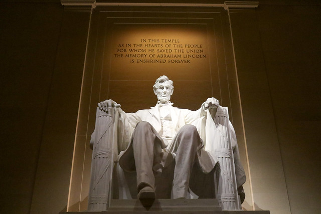 Abraham Lincoln - Lincoln Memorial 2