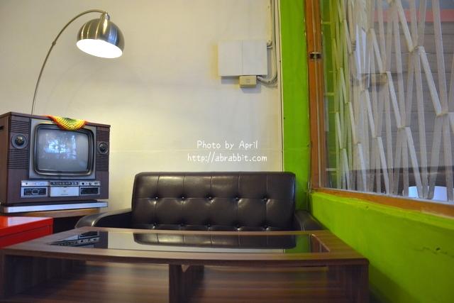 24414887164 cd09efa060 o - [台中]Tano Cafe--老屋系列 part10之巷弄咖啡廳,有店貓唷!@北區 一中街