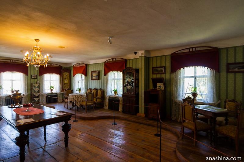 Гостиная, музей деревянного зодчества, Суздаль