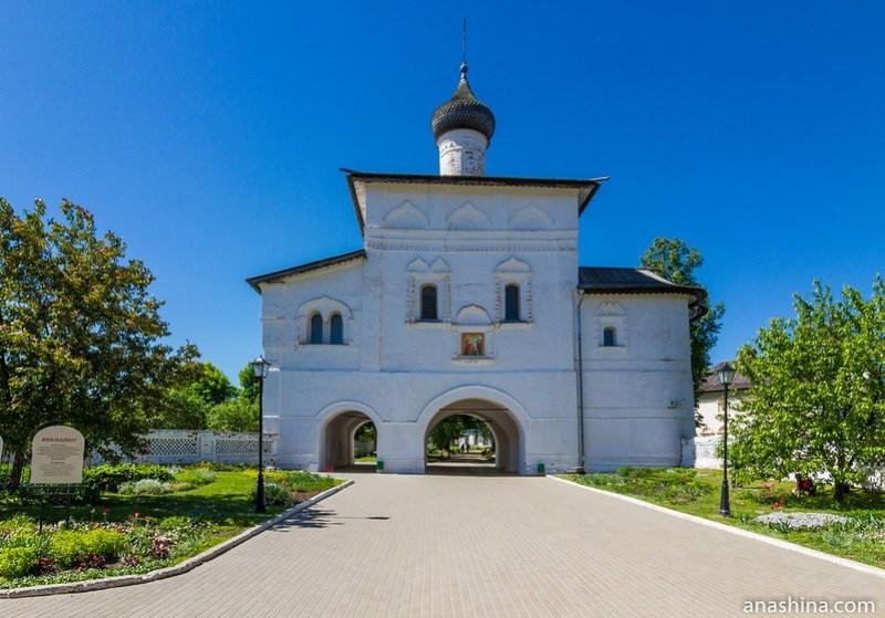 Надвратная Благовещенская церковь, Спасо-Евфимиев монастырь, Суздаль