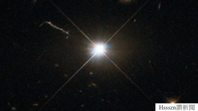 fastest-growing-black-hole-624x351