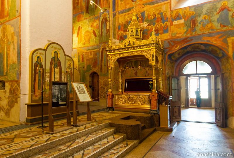 Рака с мощами святого Евфимия Суздальского, Спасо-Преображенский собор, Суздаль, Спасо-Евфимиев монастырь
