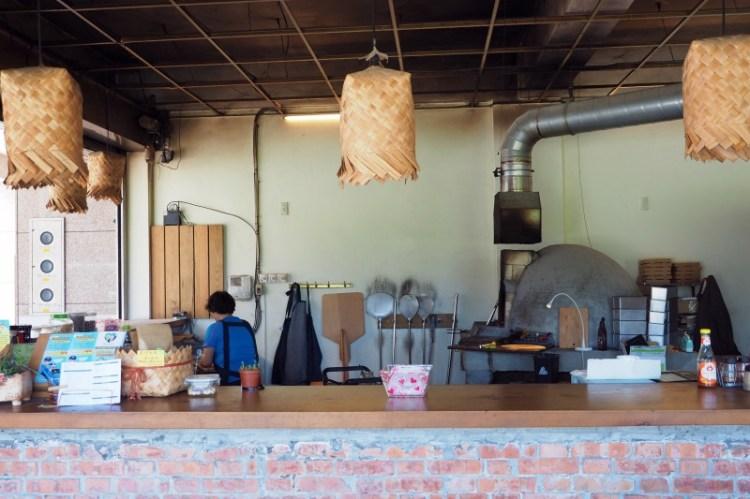 宜蘭美食|擀麵、柴燒、窯烤老闆一手搞定!用味道決勝負的小麥香窯烤披薩 | 老爹柴燒披薩