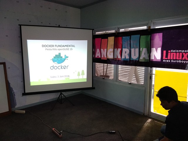 Pesta Rilis openSUSE Leap 15 & Lokakarya Docker