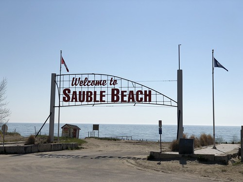 Sauble Falls - the beach sign
